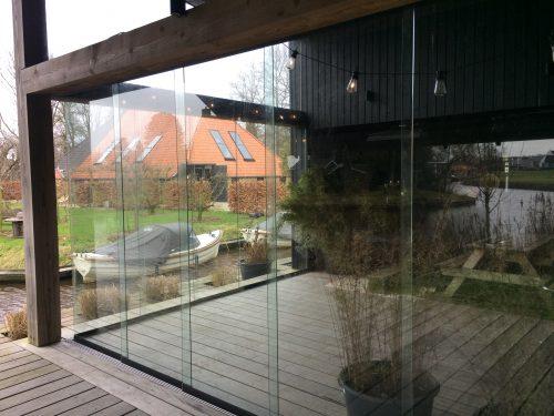 Maatwerk glaspanelen voor glazen schuifwand